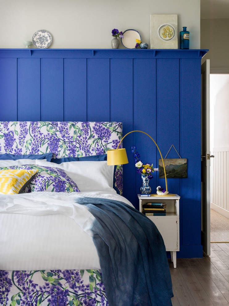Girl's Bedroom With Blue