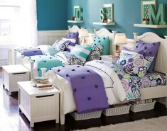 Triplet teenage girls bedroom