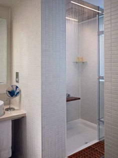 Gloucester road apartment white shower design