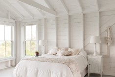 Simple white big bedroom