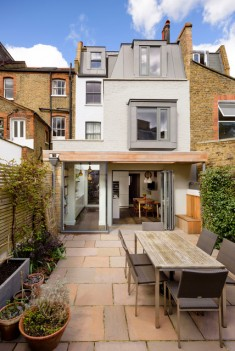 Battersea House Traditional Patio