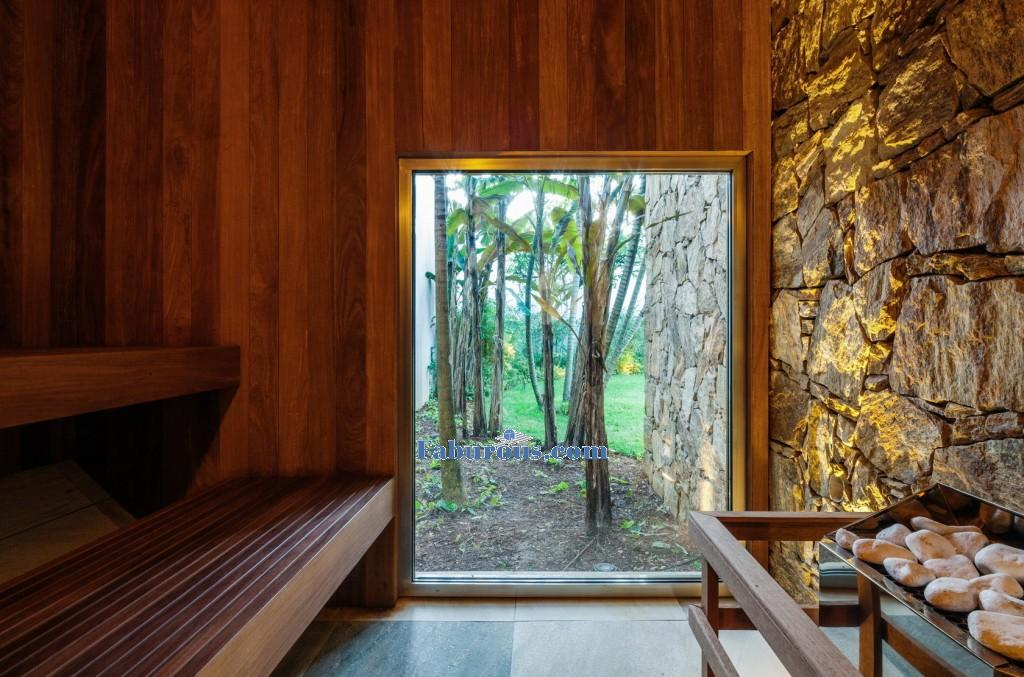 MG-exterior-of-stone-modern-house