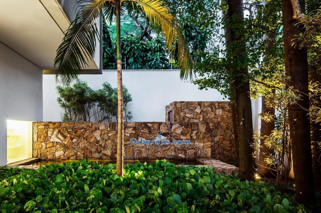beautiful tone wall exterior modern house