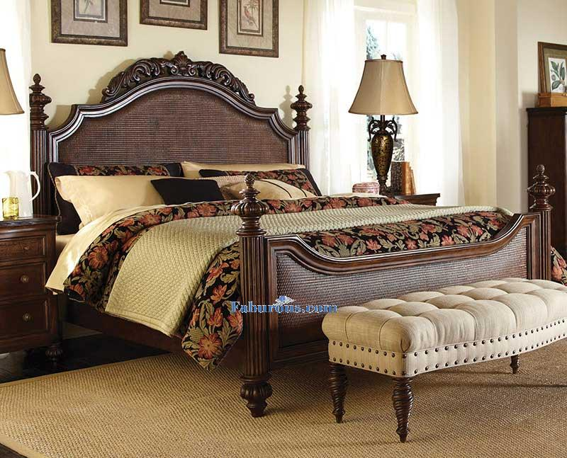 intricate-stately-victorian-bedroom-design