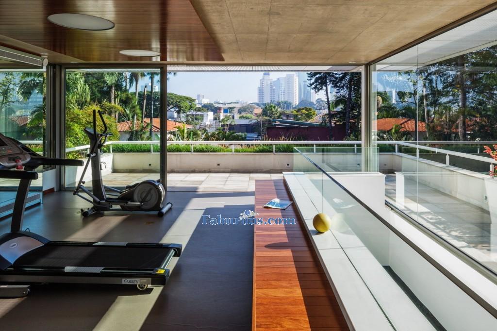 modern house design gym-space