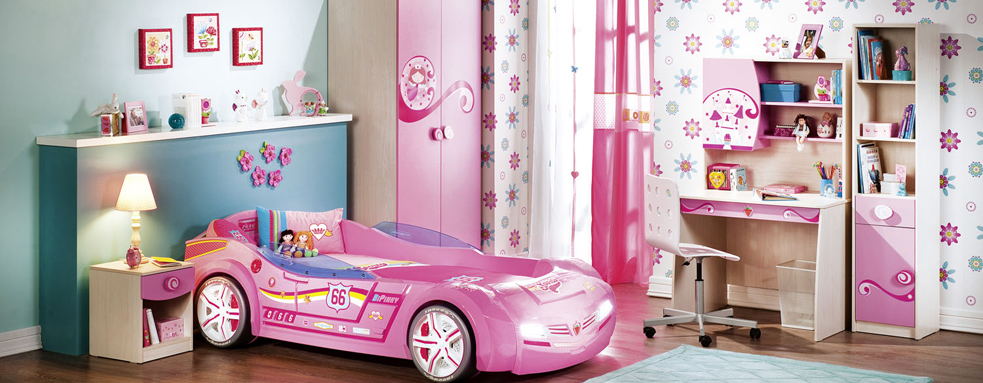 Girls Room With Pink Car Design