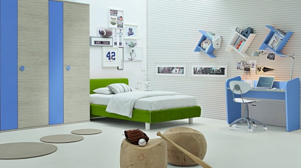 Green-white-blue-bedroom