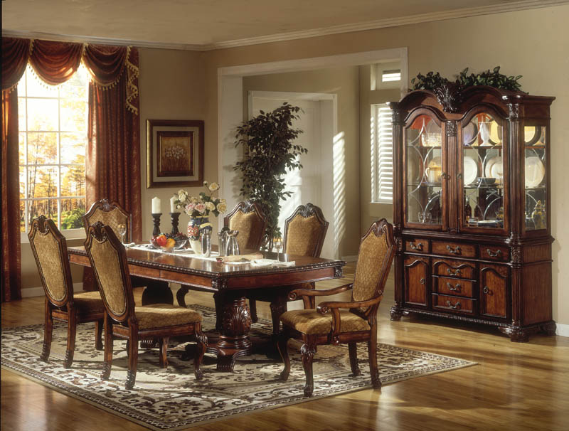 Formal victorian dining room designs for Traditional dining room