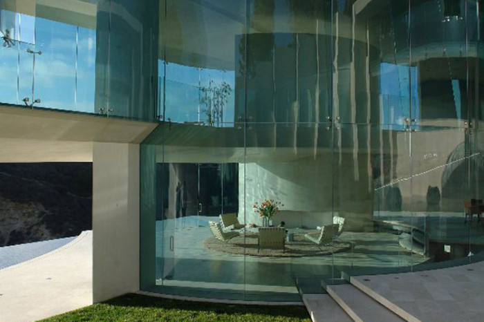 razor residence glass wall living room