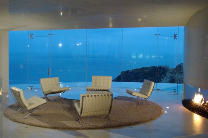 ton-stark-house-sitting-area-with-sea-views