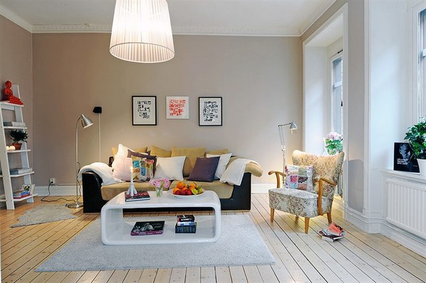 white-living-room-with-nice-accent-colours