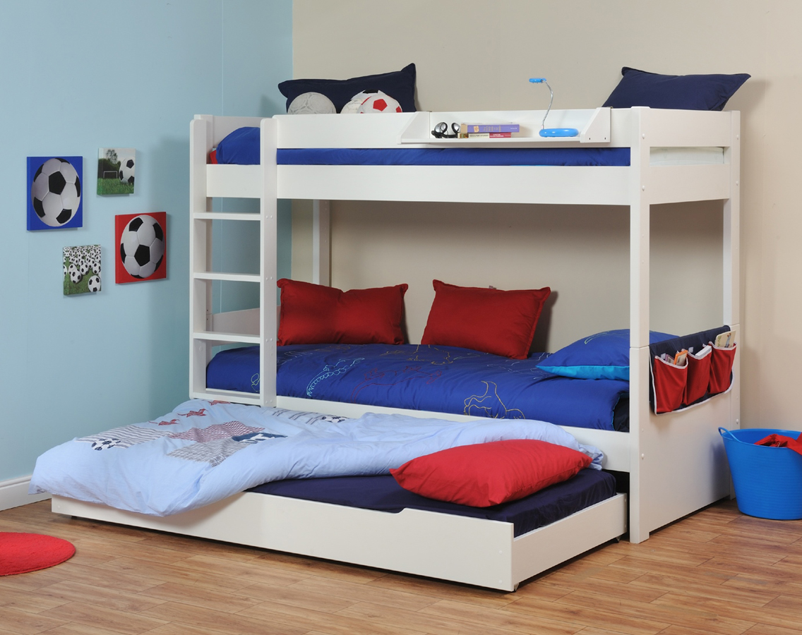 Space saving stylish bunk beds for your home for Bed styles for small rooms