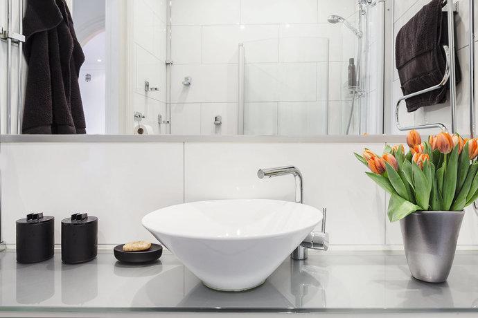2 - Scandinavian Bathroom - Vasastan