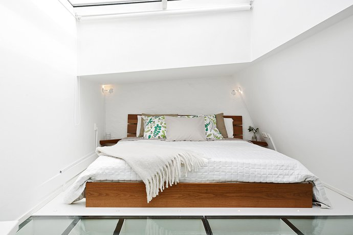 4 - Scandinavian Bedroom