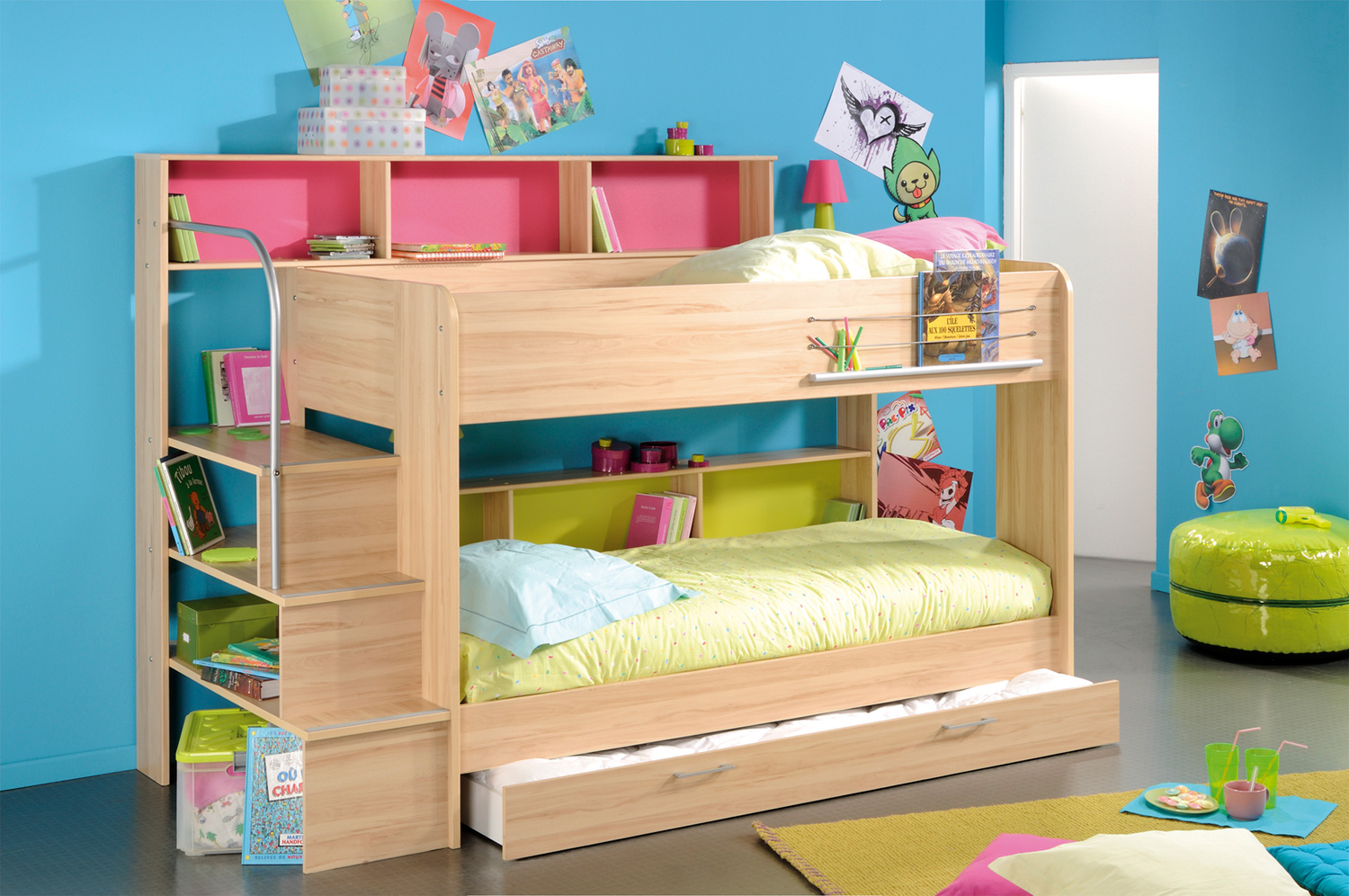 Space saving stylish bunk beds for your home 4 beds in one room