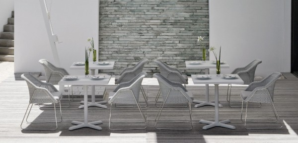 7-Wicker-outdoor-chairs-