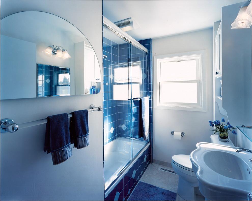 Glamorous Traditional Bathroom