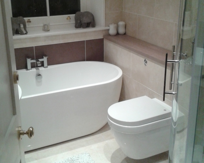 Brown tiled small bathroom for small space