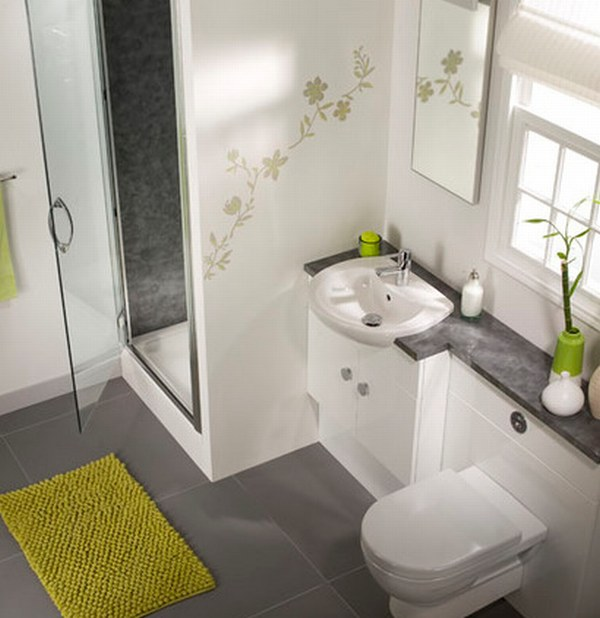 small bathroom with green mat