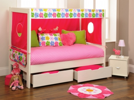 stompa-play-1-white-day-bed--den-kit_1345563495