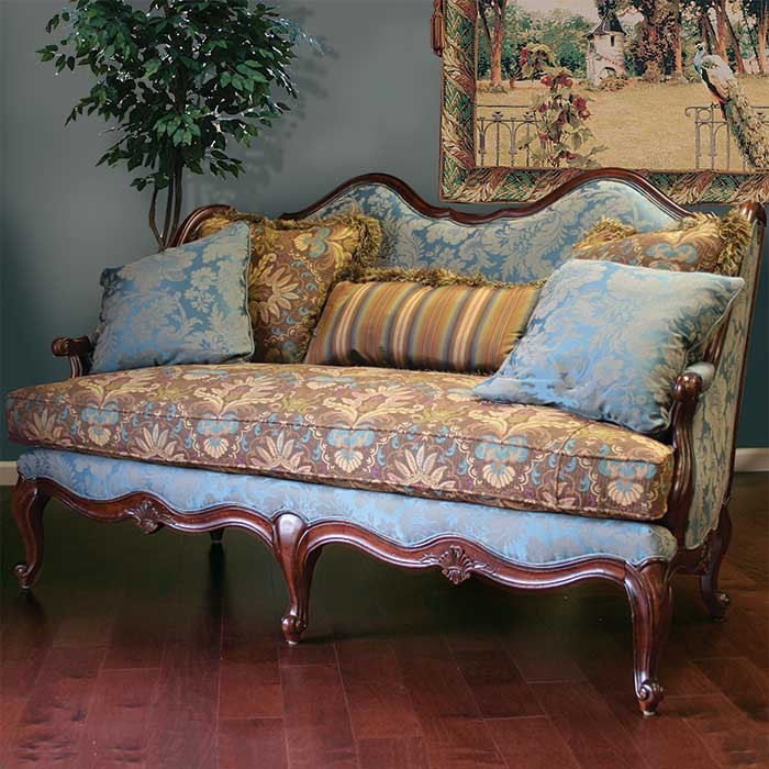 10 victorian style loveseats sofas designs. Black Bedroom Furniture Sets. Home Design Ideas