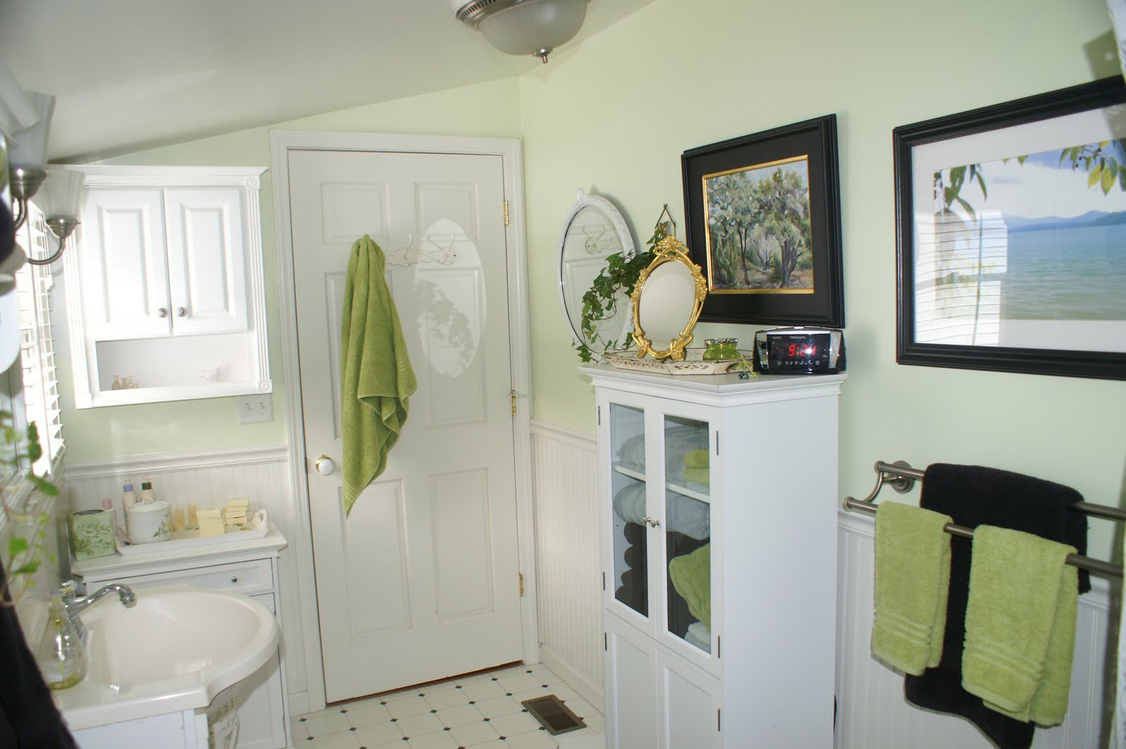 White Clean and Spacious Feeling of Small Bathroom with Plenty Furniture
