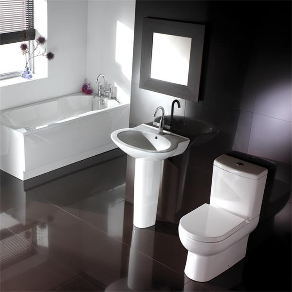 Bathroom ideas for small space for Small 4 piece bathroom designs