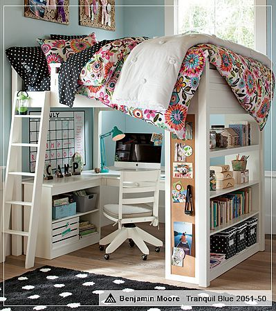 Colorful Motif for Small Bedroom Design with Computer Desk Below
