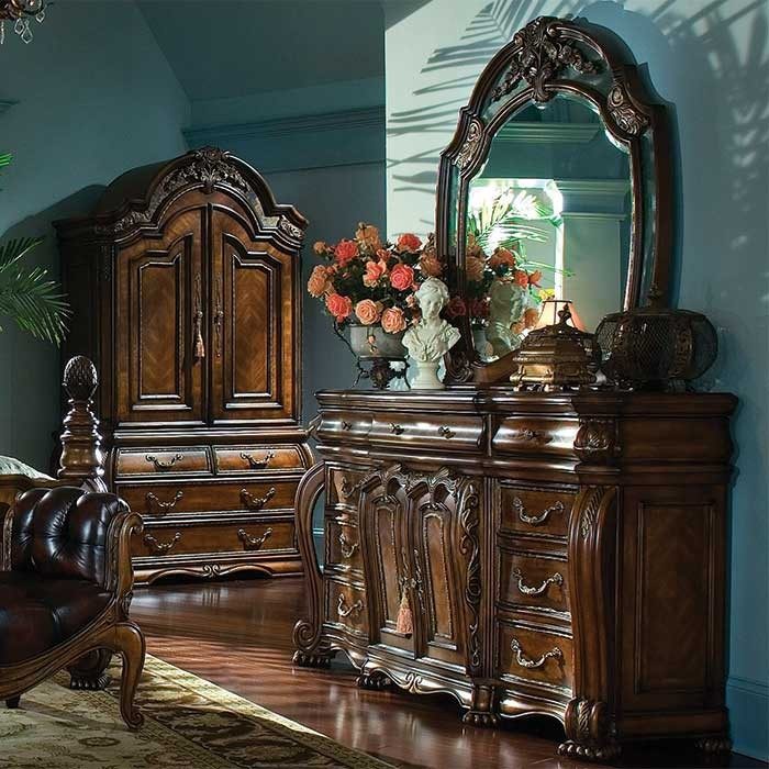 A Victorian Style Regency Suite Dresser and Mirror