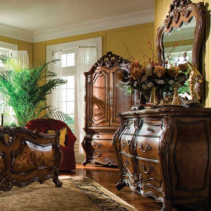 A Victorian Style Royal Crest Double Dresser and Mirror