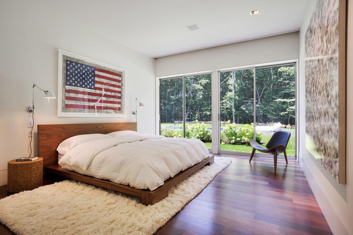 master-bedroom-design-with-big-american-flag-master-bedroom-design-inspirations-2013