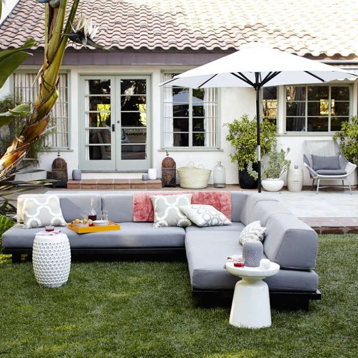 outdoor living in garden area