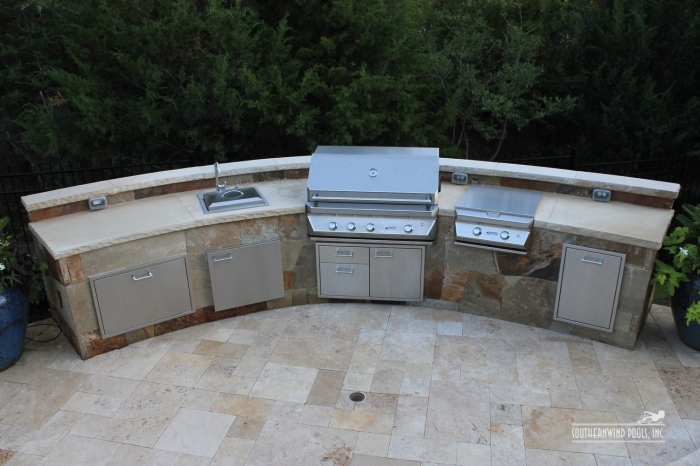 semi round outdoor kitchen