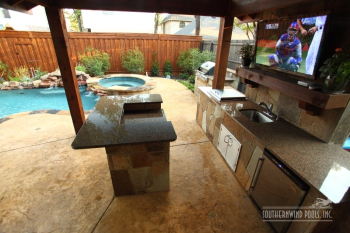 stylish outdoor kitchen design