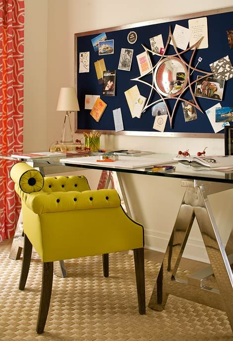 Elegant and Sassy Desk Design