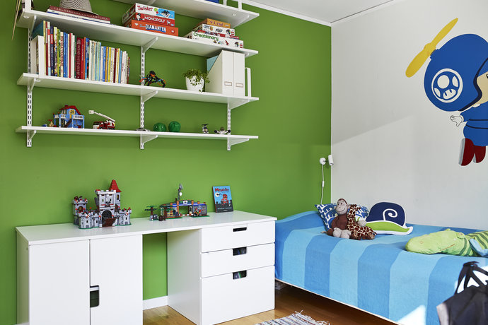 lime green and white scandinavian teenage room