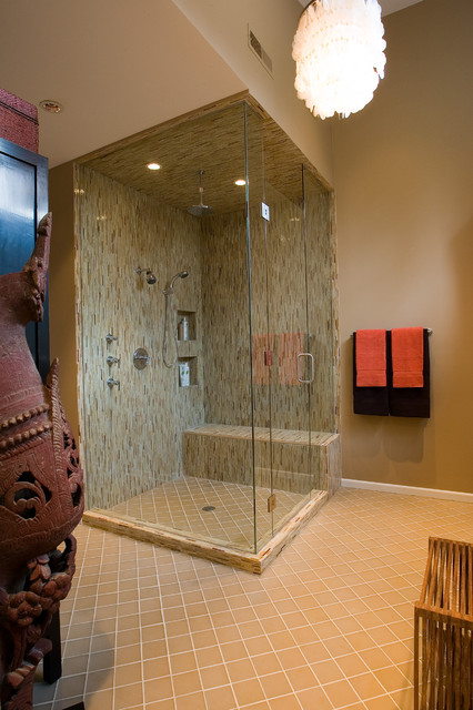 modern small bathroom with glass shower cubical