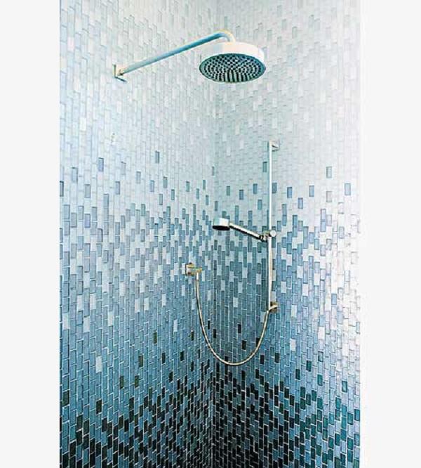 tiled shower cubical
