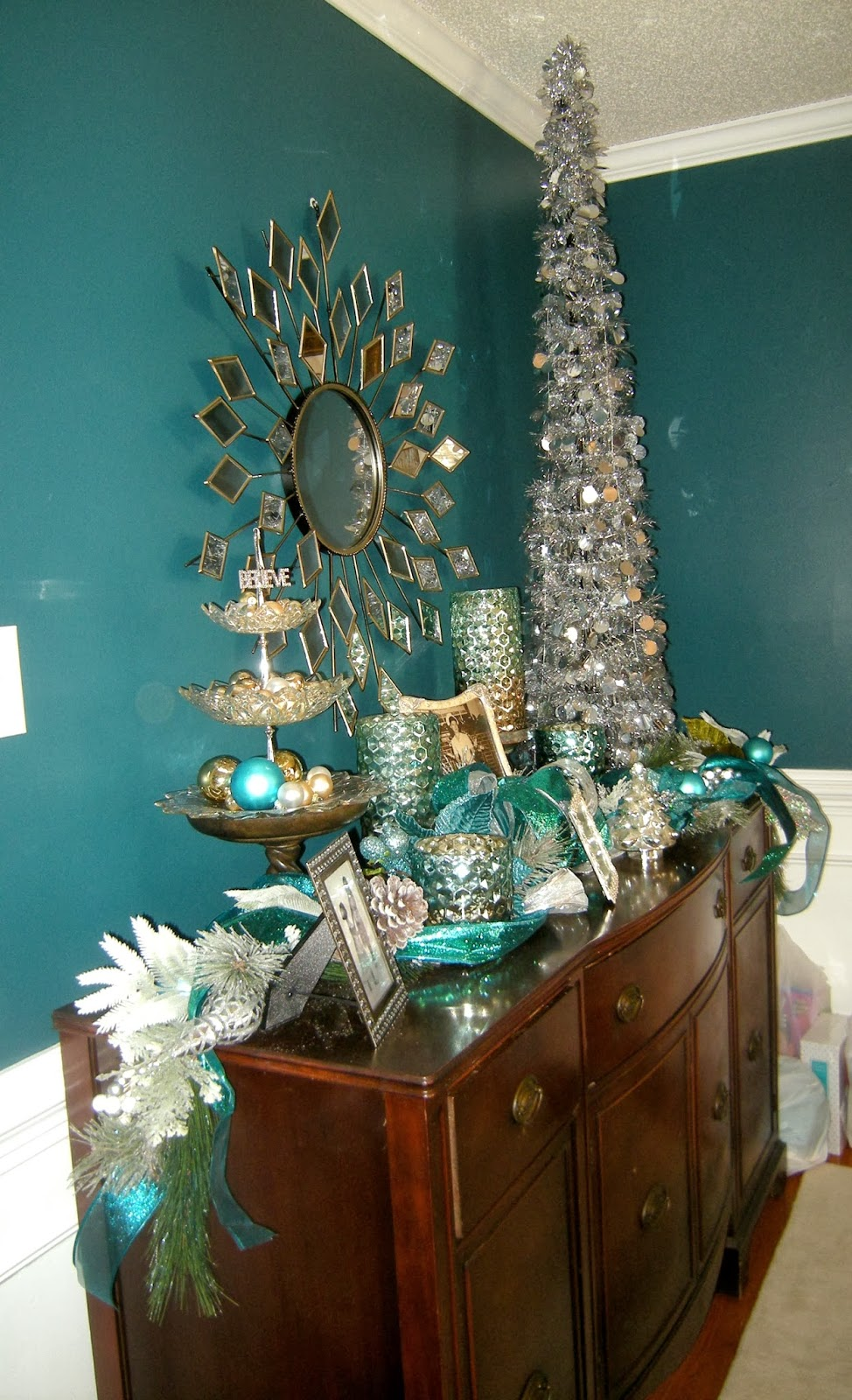 Mad Mix Teal Colored Decoration