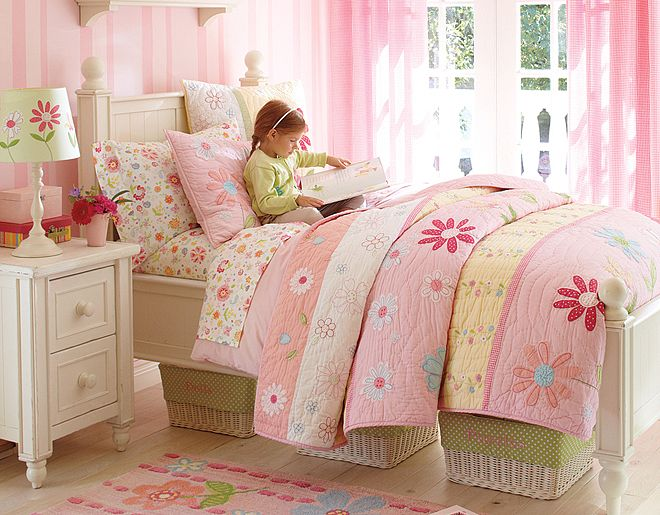White,Pink And Green Kid's Bedroom