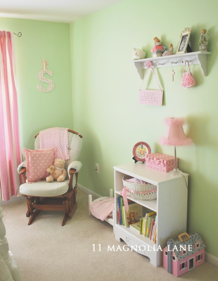 Vintage themed bedrooms for kids for Pink and green kids room
