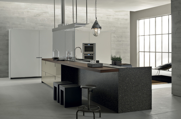 Contemporary-kitchen-with-an-Italian-kitchen-work-table-idea