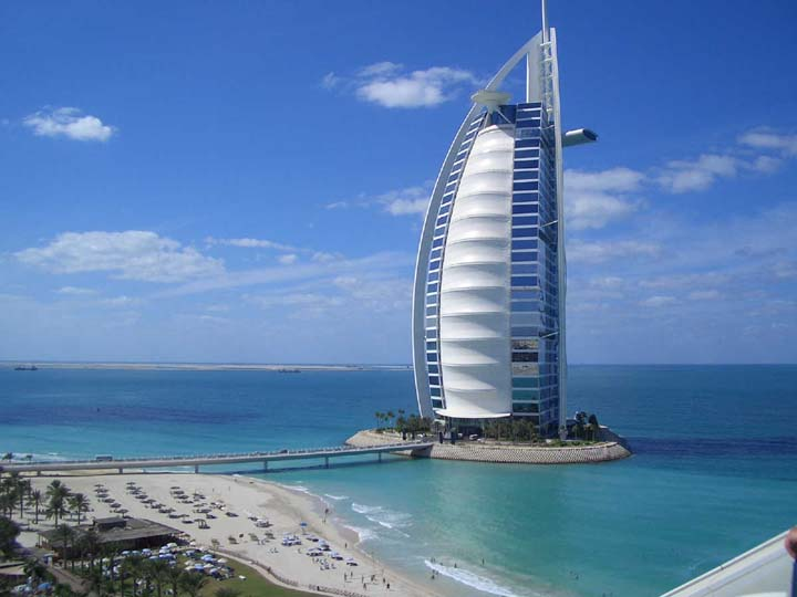 Getting to know the world s famous modern architects for Famous structures in dubai