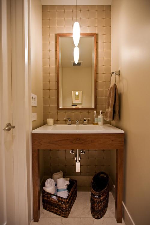 Small Bathroom Design in Former Closet
