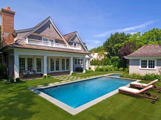 Lawn House Pool