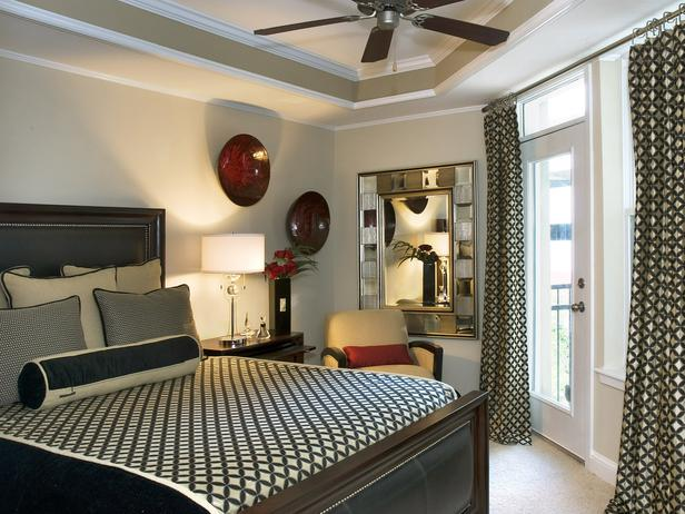 Barbara Eliot DecDen Black, White and Red Bedroom