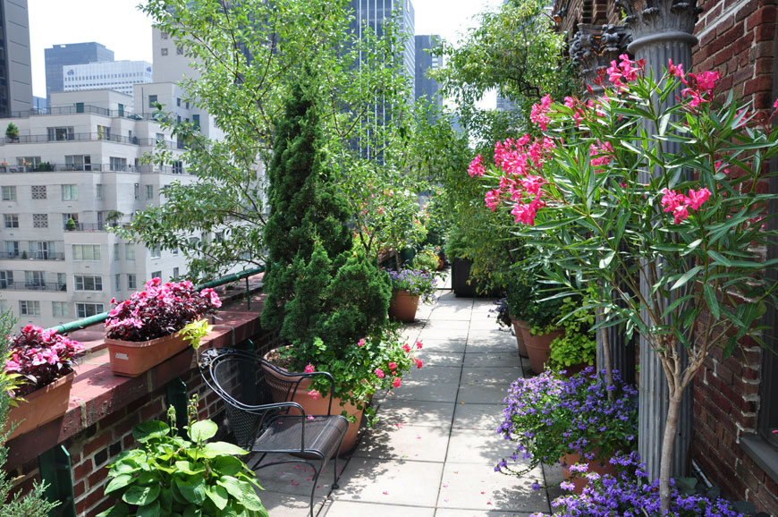 Fabulous Space Saving Designs For The Rooftop Garden