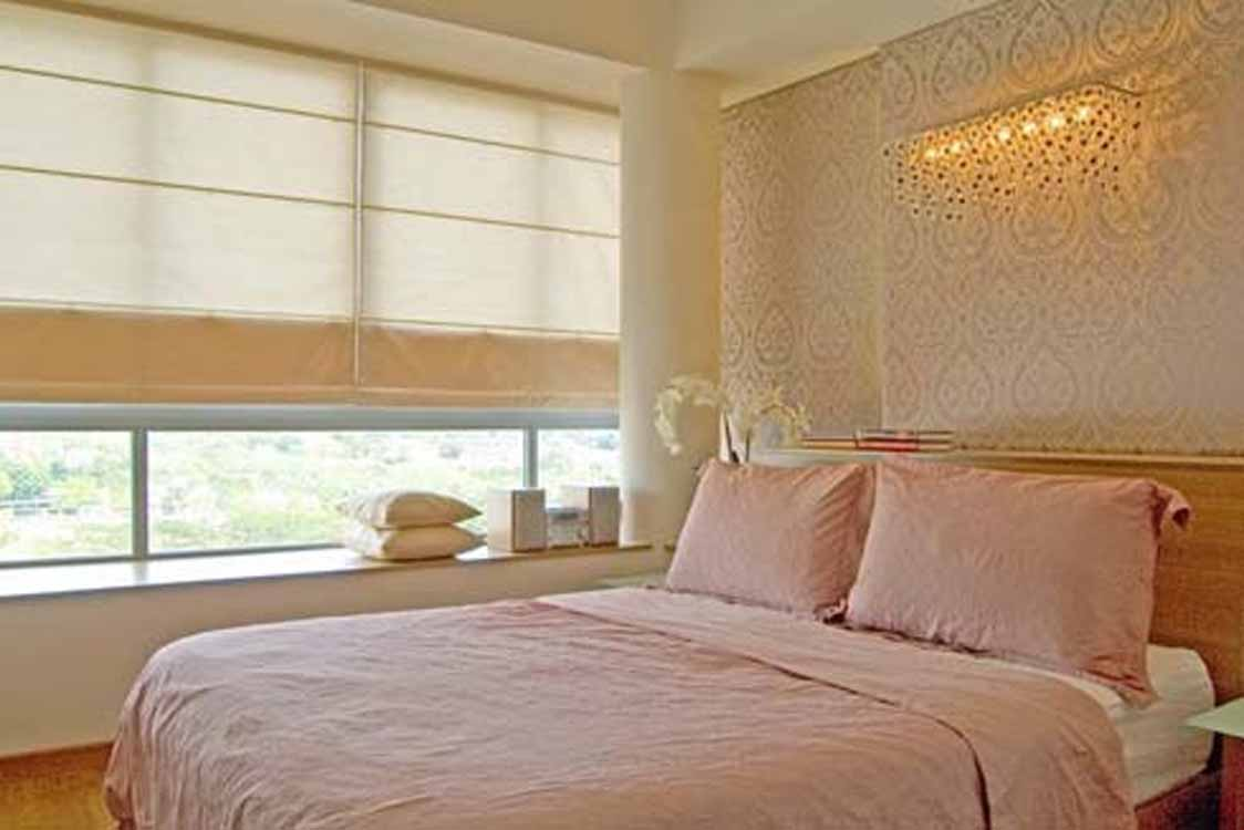 Creative decorating ideas for the small bedroom for Apartment bedroom decoration
