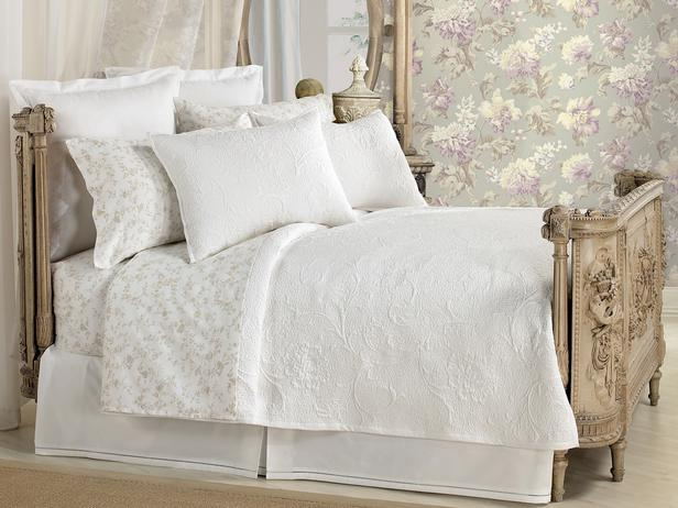 Sarah Fletcher Kenneth James Belgian White Small Bedroom