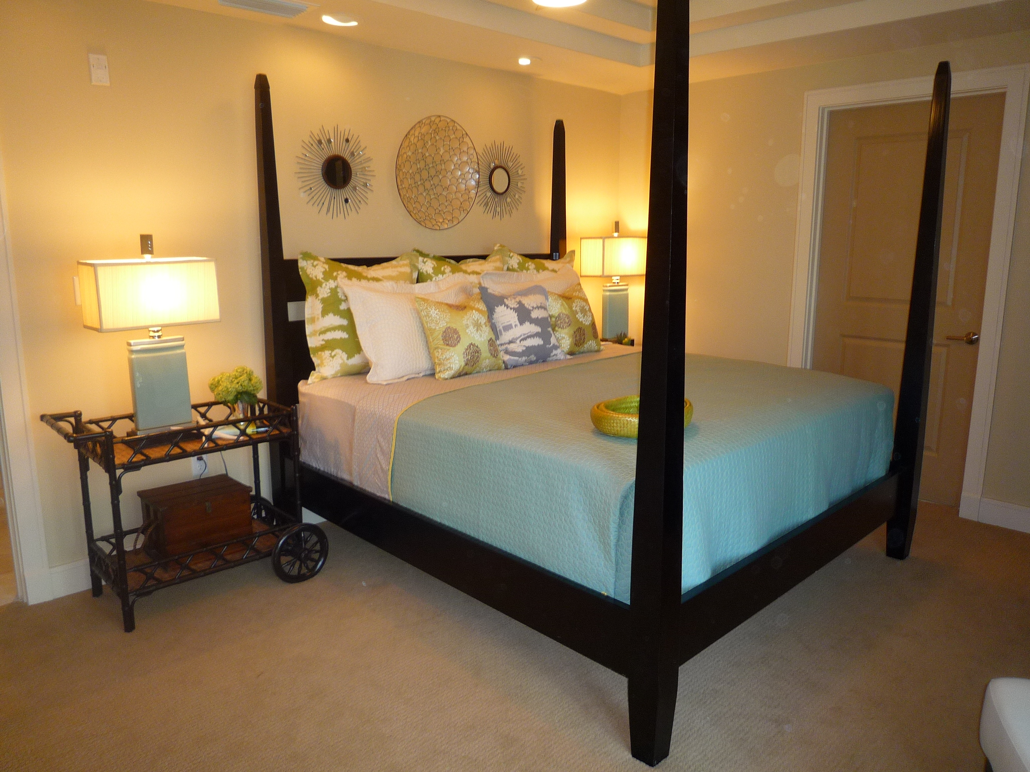 Enchanting Ideas For A Bedside Table
